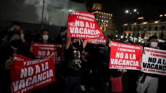 Martín Vizcarra: el Congreso de Perú destituye al presidente - BBC News  Mundo