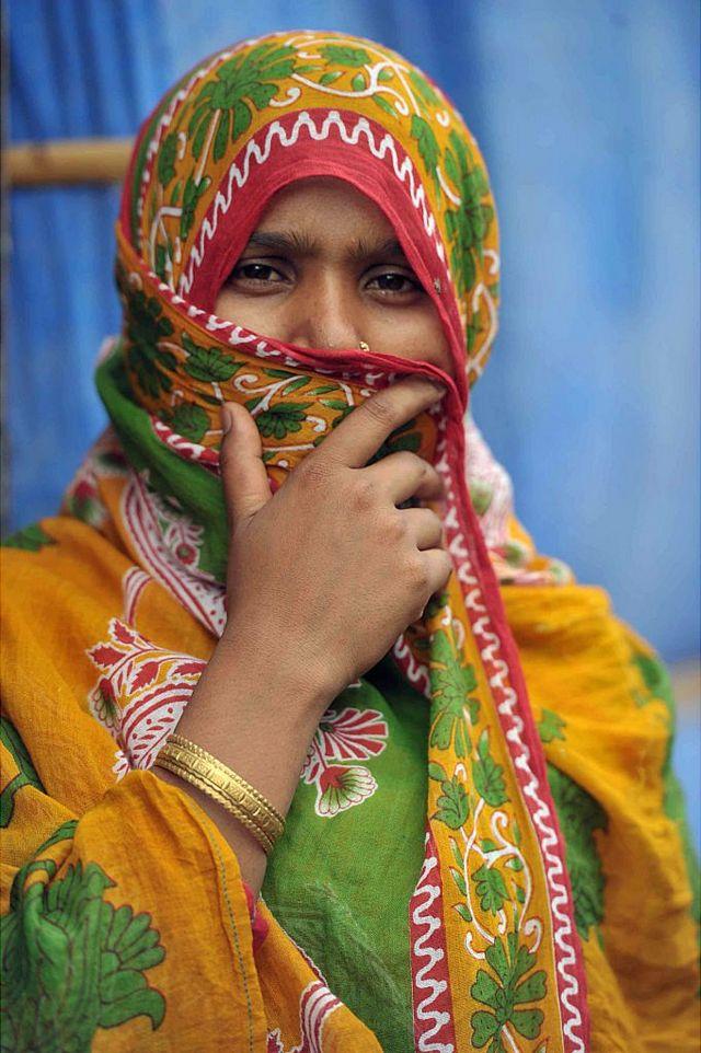 హైదరాబాద్ పాతబస్తీలో రోహింజ్యా ముస్లిం మహిళ అయేషా బేగం. 2016 జూన్ 24వ తేదీన తీసిన చిత్రం