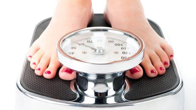 Existen evidencias científicas de que el yogurt es un aliado del control de peso, insisten los expertos.