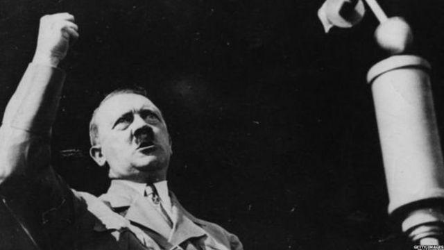 पंतप्रधान नरेंद्र मोदी, हिटलर, अनुराग कश्यप