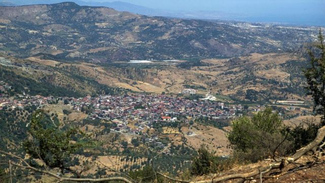 روستای سن لوکا در کالابریا