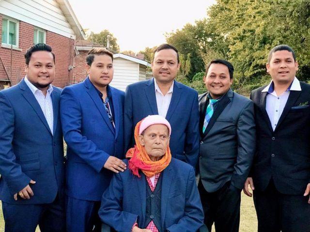 किरण गजमेरको परिवार