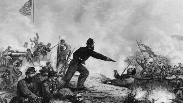 A Yankee soldier shooting a Confederate during the attack on Knoxsville during the American Civil War