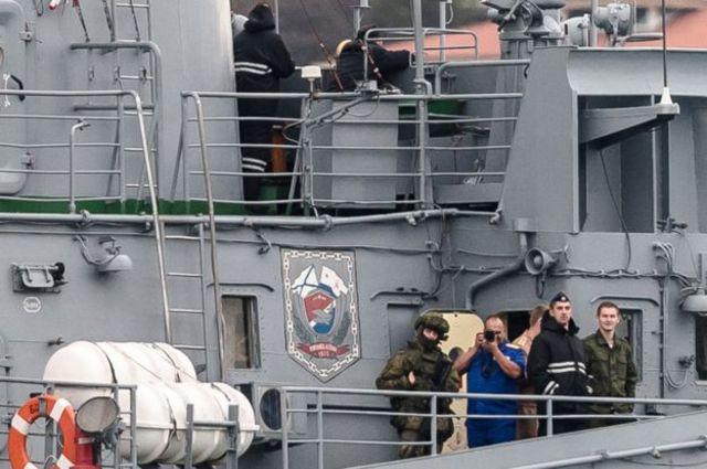 این بار نوبت ایسیک است که سوژه عکاسی از عرشه کشتی فیلچنکوف بشود