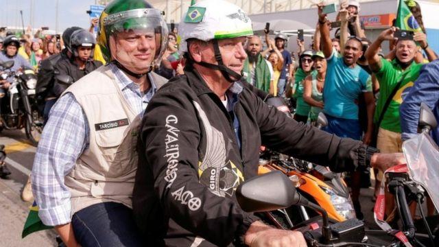 Bolsonaro na motociata realizada em maio no Rio de Janeiro
