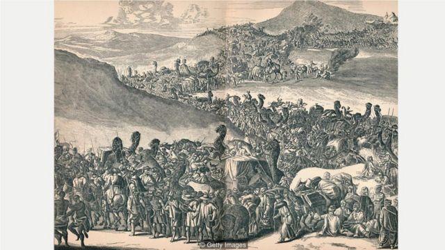 據說14世紀馬里帝國的國王穆薩(Mansa Musa)於1324年前往麥加朝聖,隨行人員為6萬人