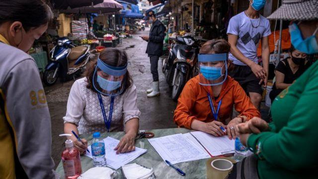 Người nhập cảnh chui nhiễm Covid, Việt Nam loay hoay tìm lỗ hỏng