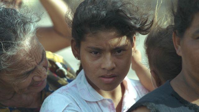 Mujeres tras el huracán Mitch en Honduras
