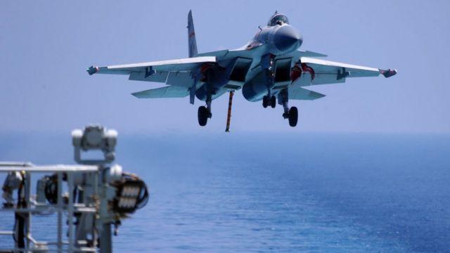 Máy bay chiến đấu J15 của Trung Quốc trong một cuộc tập trận trên biển năm 2018