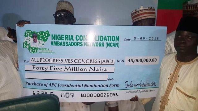 Wata kungiya ta saya wa Shugaban Najeriya Muhammadu Buhari fom din takarar shugaban kasa a zaben 2019 a kan naira miliyan 45.