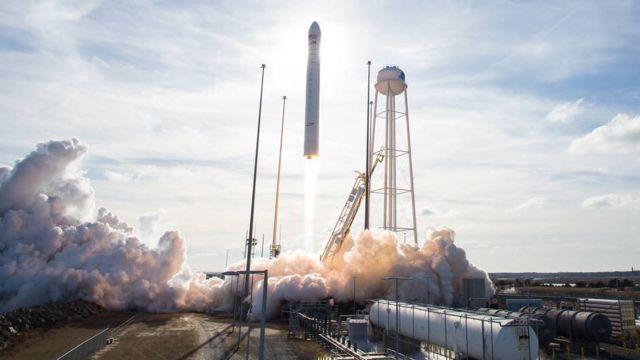 запуск ракети Антарес