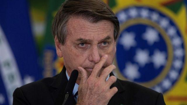 Bolsonaro ataca própria base e arrisca reeleição ao demitir militares, diz  especialista em Forças Armadas - BBC News Brasil