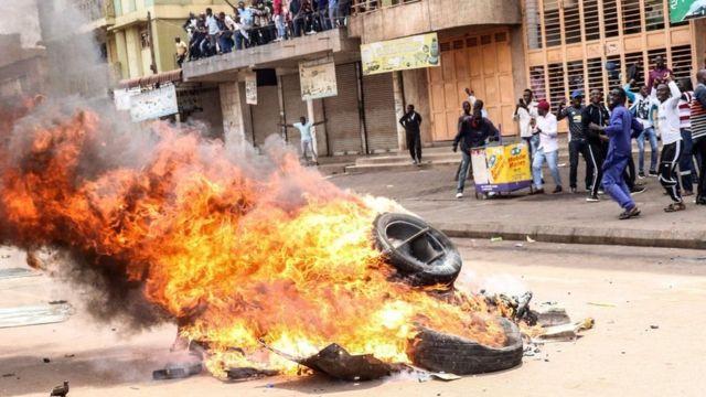 Taageerayaasha Bobi Wine oo todobaadkii hore dibadbax ka dhigay Kampala