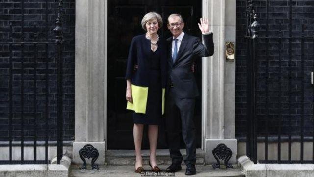 An yi ta la'akari da yadda Theresa May ke caɓa ado