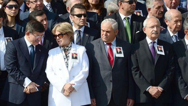 Demirel'in cenaze töreninde pek çok siyasetçi bir araya gelmişti