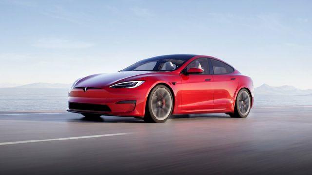 قویترین تسلا مدل S سه موتور الکتریکی با قدرت بیش از ۱۱۰۰ اسب بخار دارد