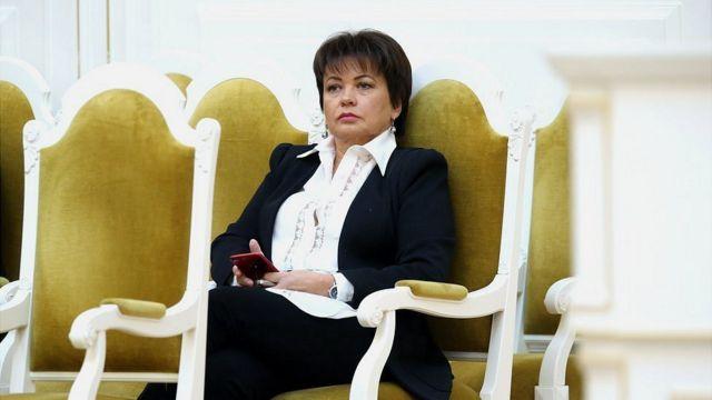 Давняя соратница Ковальчуков Любовь Совершаева фактически руководит кампанией Беглова
