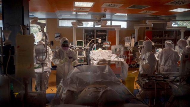 Отделение интенсивной терапии в римской больнице
