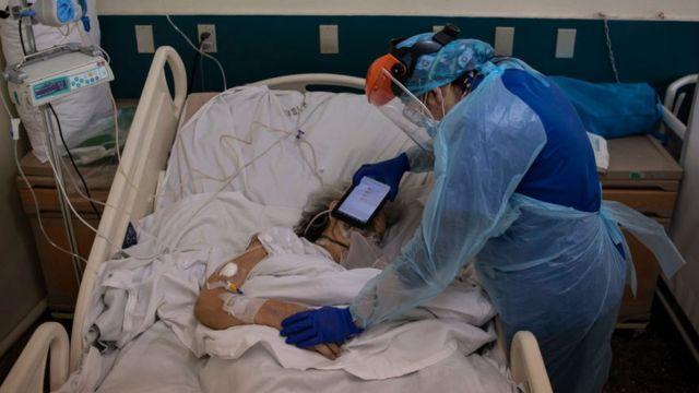 Hospital no Chile, paciente terminal com coronavírus