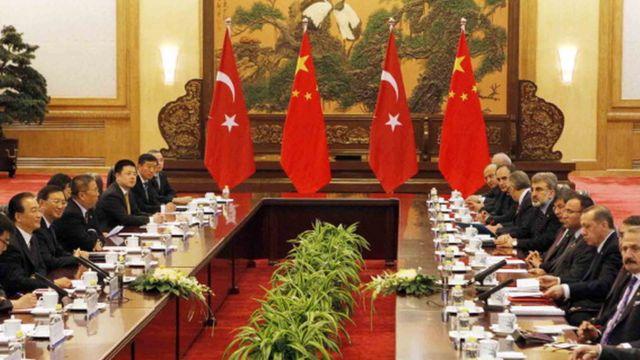 2012'de Çin'e giden heyette birçok bakan ve iş insanı vardı