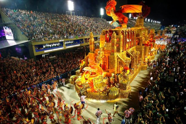 Samba and sequins: Rio carnival in pictures