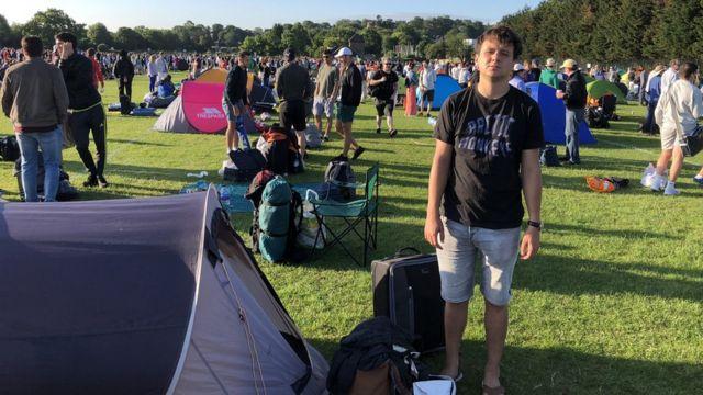 """BBC reporter Vil je """"uživao"""" kada mu je radnik ozbezbeđenja u pet ujutru prodrmao šator"""