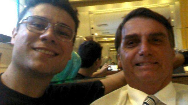"""Smith Hays com Bolsonaro, que já encontrou algumas vezes e diz ser uma """"pessoa dócil e amiga"""""""