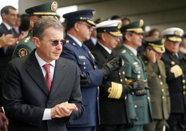 Falsos positivos en Colombia: los miles de civiles que fueron asesinados  por el ejército durante la guerra - BBC News Mundo
