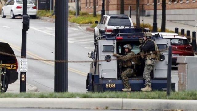 هرعت الشرطة إلى الجامعة التي تعد من أكبر المؤسسات الجامعية في الولايات المتحدة