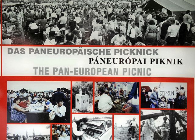 Images of the Pan-European Picnic.