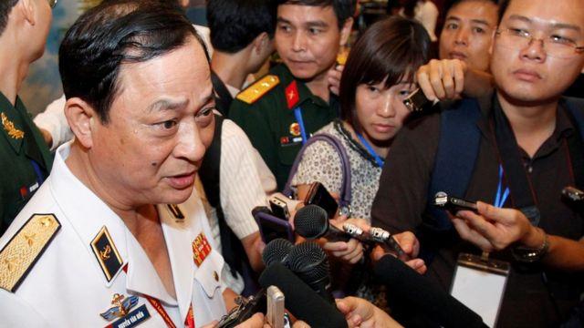 Đô đốc Nguyễn Văn Hiến năm 2011