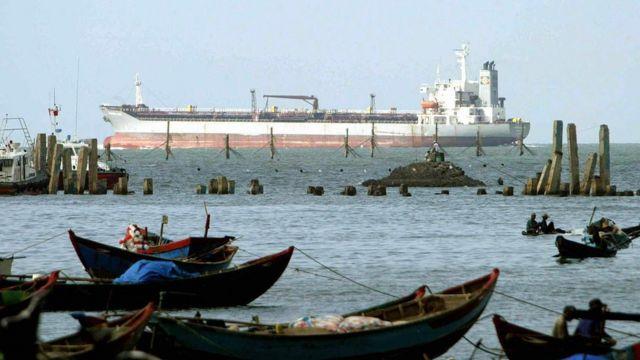 Việt Nam, biển Đông