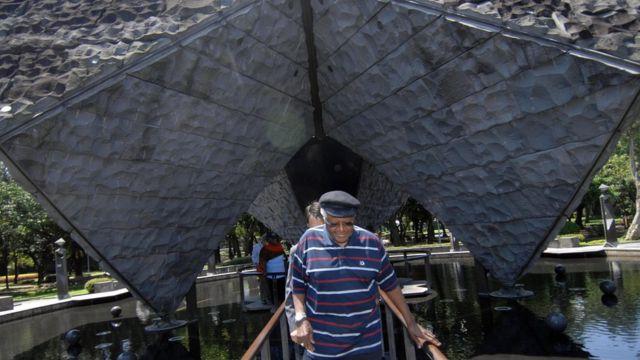 原名台北新公園的二二八和平紀念公園