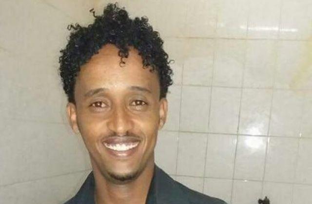 BBCが入手したメレド・テスファマリアムさんの写真と、移送された男性の写真は酷似している