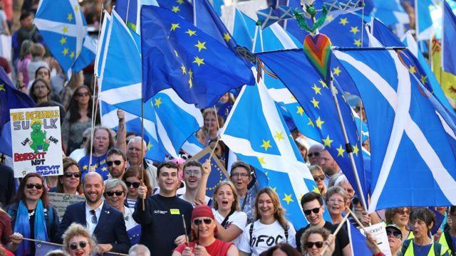 Марш в Эдинбурге