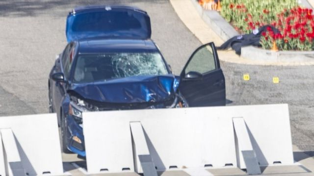 Car crashed into a security barrier at US Capitol, 2 April 2021