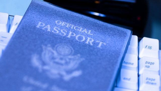 pasaporte escaneado