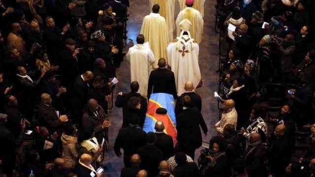 Procession funèbre pour Etienne Tshisekedi à la basilique Koekelberg à Bruxelles, le 9 février 2017