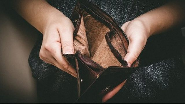 Debt problems 'linked to mental health issues'