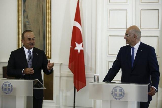 Dışişleri Bakanı Mevlüt Çavuşoğlu ve Yunanistan Dışişleri Bakanı Nikos Dendias