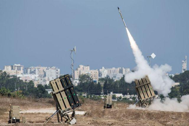 به گفته ارتش اسرائیل در جریان تنش اخیر میان اسرائیل و فلسطین، «گنبد آهنین» بیش از ۴۳۰۰ راکت سازمان حماس را بر روی هوا از بین برد