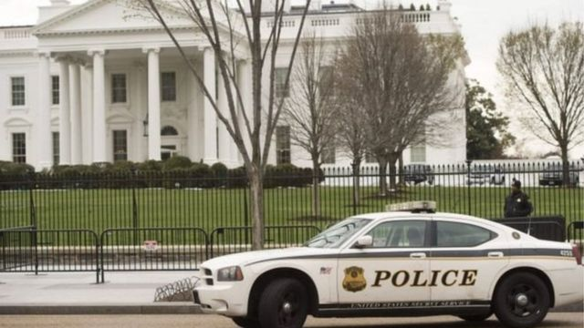 Securite Renforcee A La Maison Blanche Apres Des Menaces Bbc News Afrique
