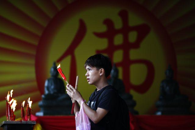ในส่วนของไทย ที่วัดมังกรกมลาวาส หรือ วัดเล่งเน่ยยี่ ถือเป็นจุดหมายของคนไทยเชื้อสายจีนที่มาไหว้ขอพรให้โชคดีในเทศกาลตรุษจีน