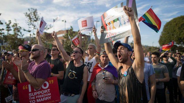 Celebración de la aprobación del matrimonio entre personas del mismo sexo en EE.UU.