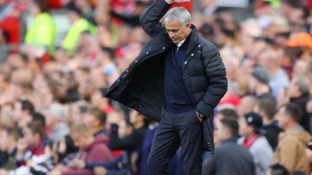 Manchester United ta sha kashi a wasanni uku cikin tara na farko da suka buga a gasar lig tunda Mourinho ya zama koci