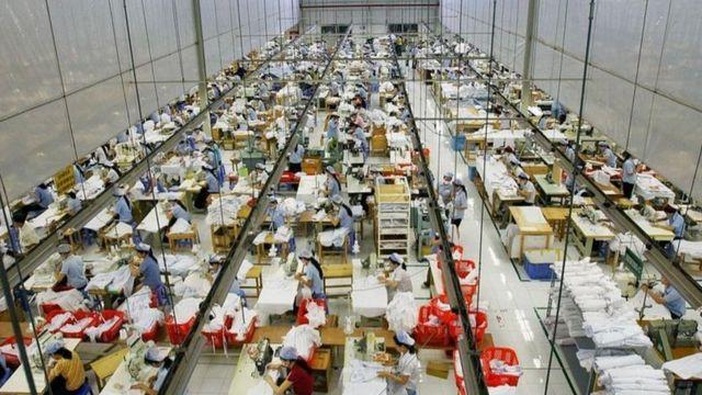 Kinh tế Việt Nam tăng trưởng âm hơn 6% trong quí 3.