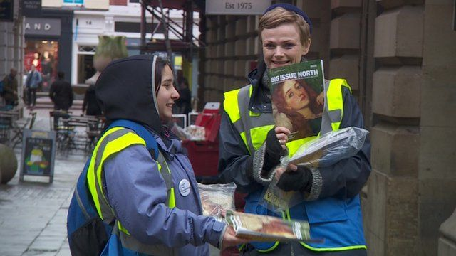 Maxine Peake and Big Issue seller