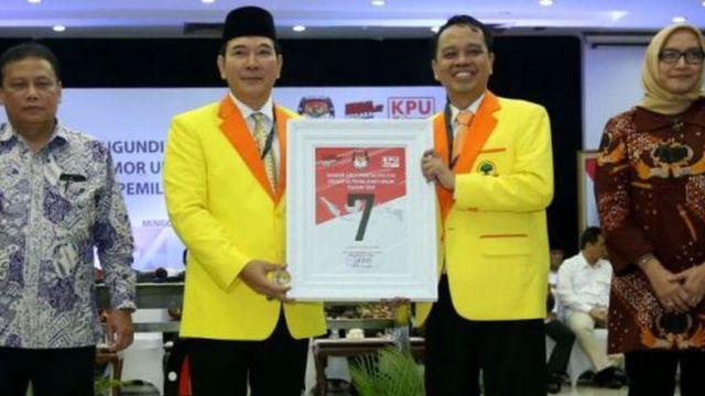 Partai Berkarya pimpinan Tommy Suharto mengusung program Suharto yang belum selesai