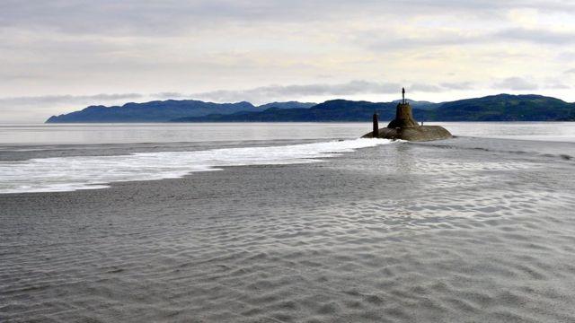 """АПЛ """"Дмитрий Донской"""" TK-208 на рейде Североморска, июль 2017 года"""
