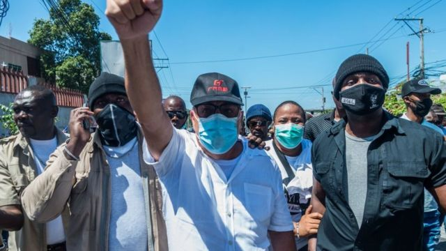 Haitians protesting against the increase in kidnappings in Haiti, especially in 2021.